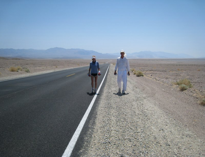 Danny joined me about 10  miles out from Furnace Creek to Townes Pass