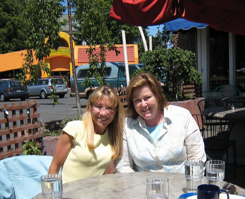 Lunch with Colleen at Lindemanns