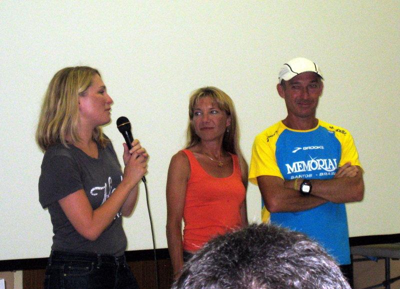 Kiehls presents their award