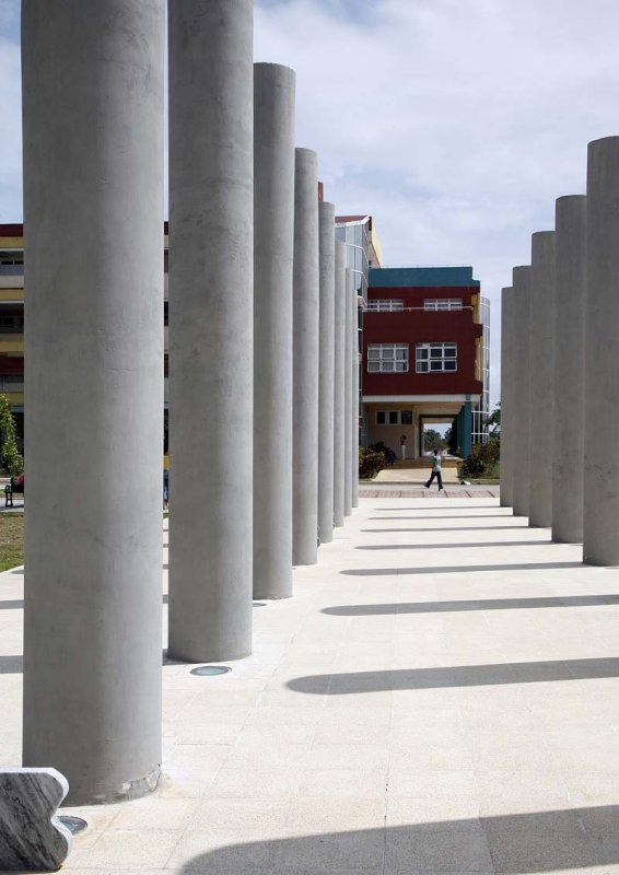 Architecture on the UCI campus