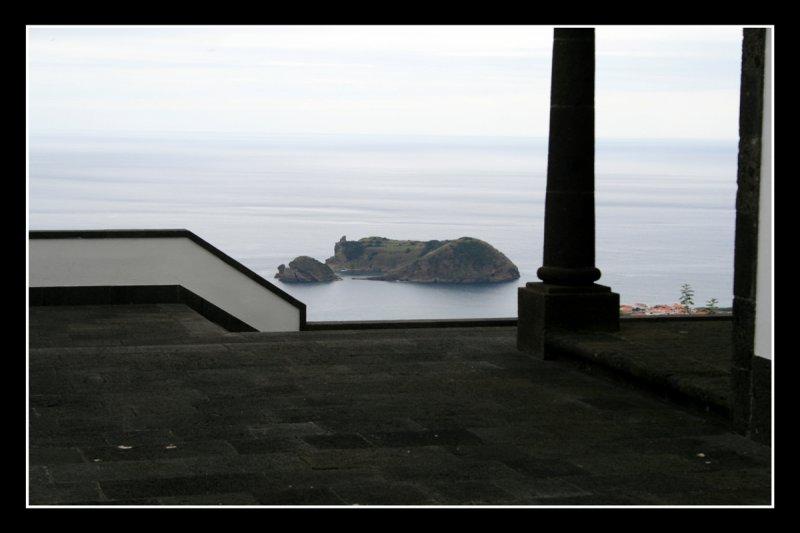 View of the Ilheu da Vila from chappel