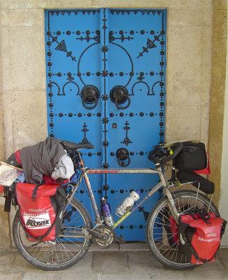 160  Girolamo - Touring through Tunisia - Giant Terrago touring bike