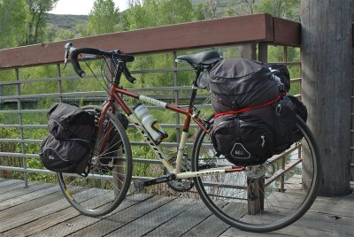 180  Barb - Touring Utah - Jamis Aurora touring bike
