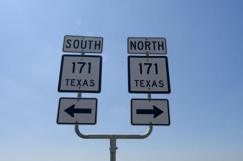 TX SH 171 signs