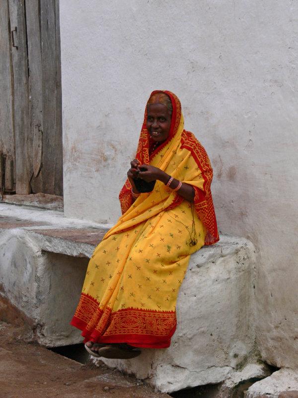 Yellow saree in Badami