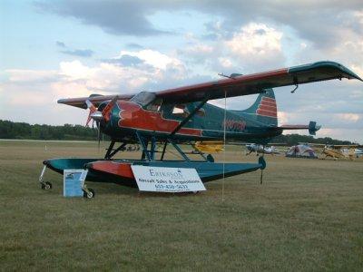 Beaver floatplane, Oshkosh 06