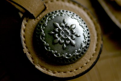DETAIL ON LEATHER