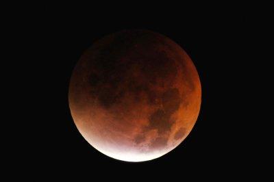 Lunar Eclipse 2007 v. 2.0
