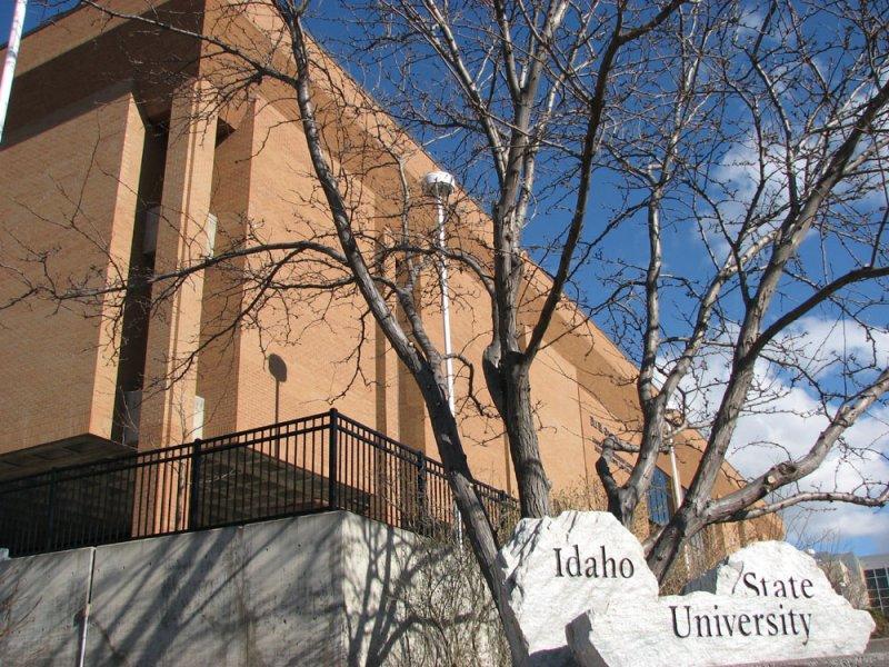 Idaho State University Eli Oboler Library smallfile IMG_2674.jpg