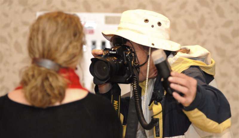 Bill Schaefer of Idaho State Journal photographing ISU Prof. and Book Author Susan Swetnam _SC0575.JPG