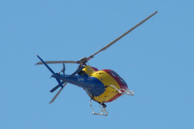 Helicóptero / \ Helicopter