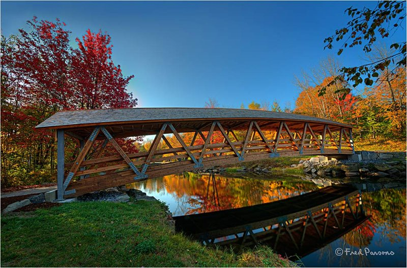 DSC2042 Riverwalk Footbridge over Sugar River