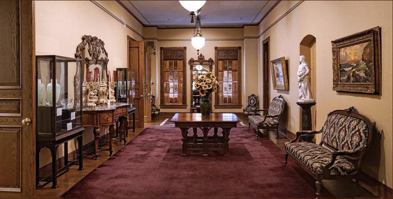 Museum Decor