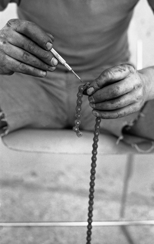 Lubricating the chain