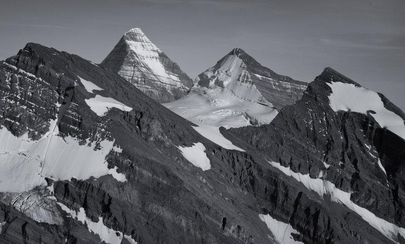 Longstaff (L), Robson, Whitehorn, Looking Southeast <br> (MFCd2_092612_16-9.jpg)