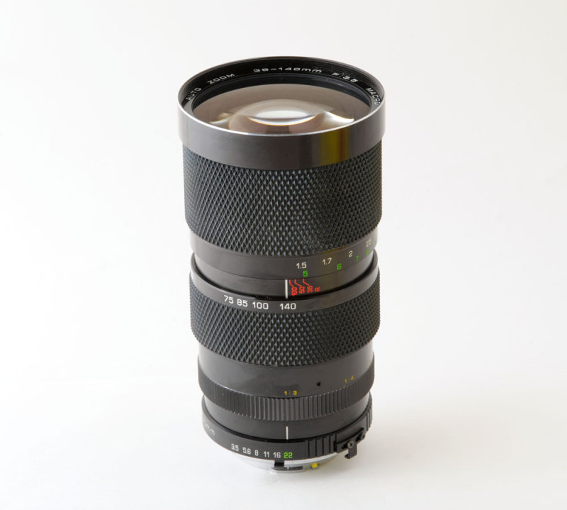 04 Soligor 35-140mm f3.5 MC Auto Zoom Macro Lens Minolta MD Mount.jpg