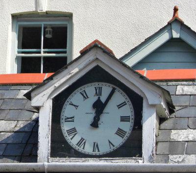 Shop's Vintage Clock