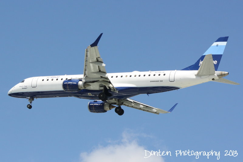 Embraer E190 (N296JB) Blues Your Daddy