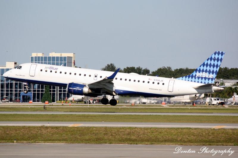 Embraer 190 (N306JB) Blue Orleans