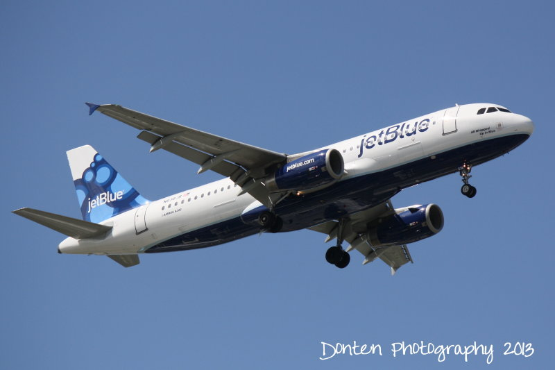Airbus A320 (N636JB) All Wrapped Up In Blue