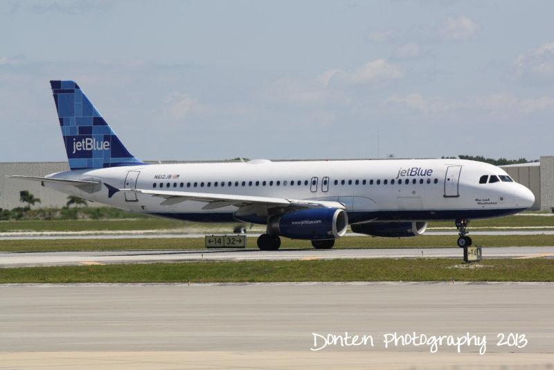 Airbus A320 (N612JB) Blue Look Maaahvelous
