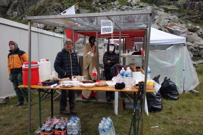 054 Lago Chiaro Aid Station TdG 13.jpg