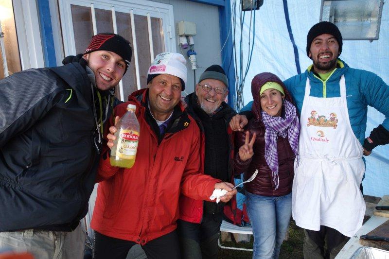 069 Cooks at Col della Vecchia Aid Station.jpg