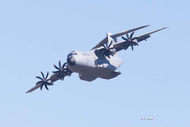 Turning with bay open - Airbus Military A400M - 9510