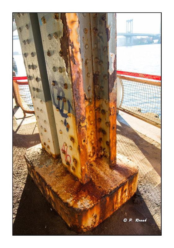 Rusted Pillar - New York - 7255