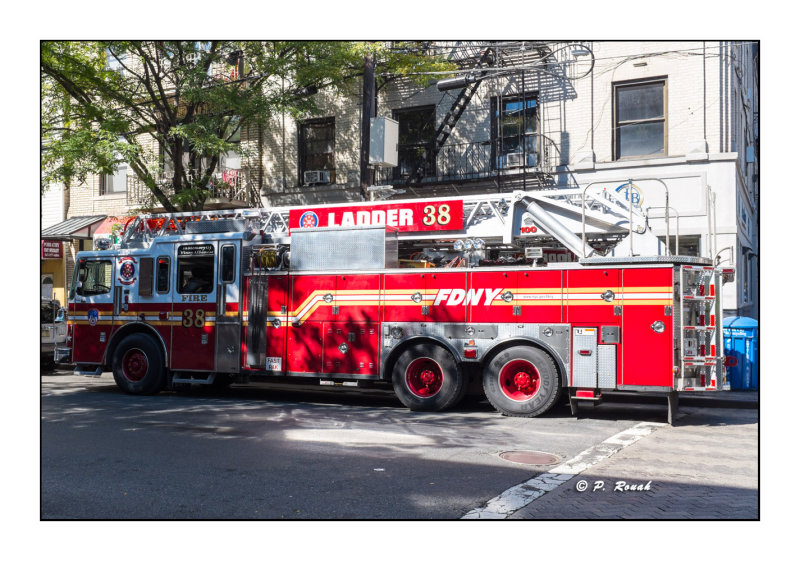 Ladder 38 - Bronx - New York - 2460