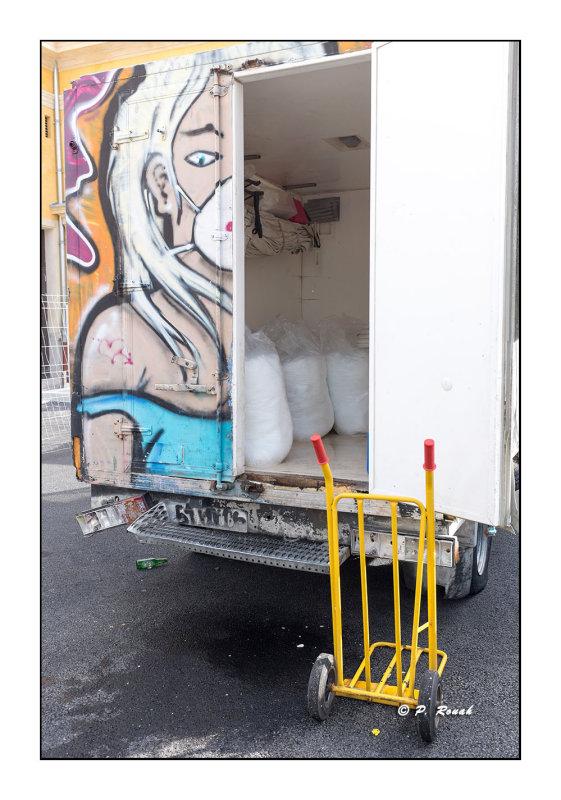 Le camion du poissonier - 2670