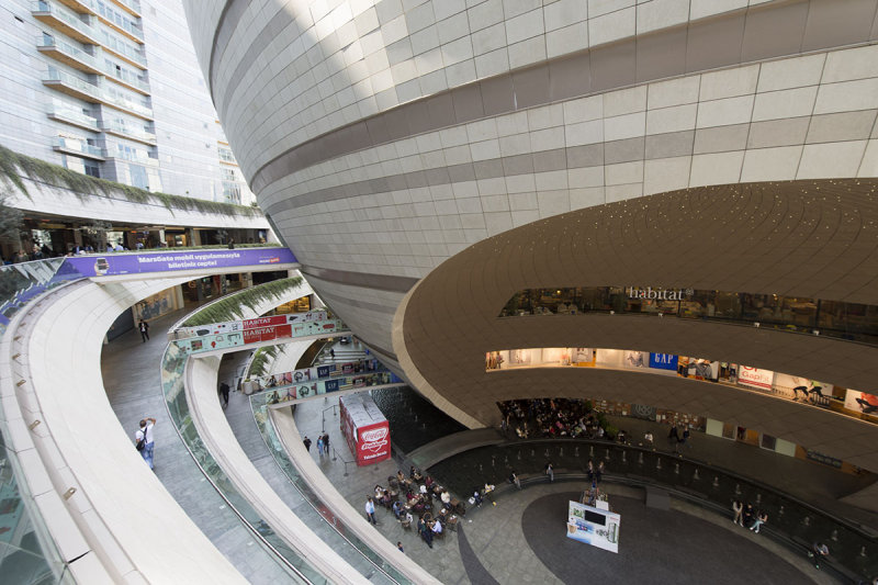 Istanbul Kanyon Shopping Mall May 2014 6497.jpg