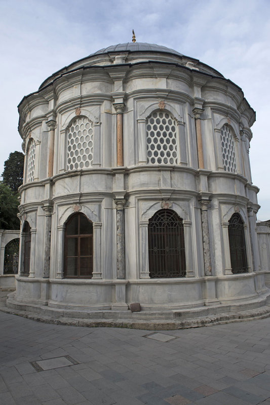 Istanbul Eyup May 2014 8658.jpg