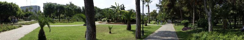 Adana Ataturk Park september 2014 0852.jpg