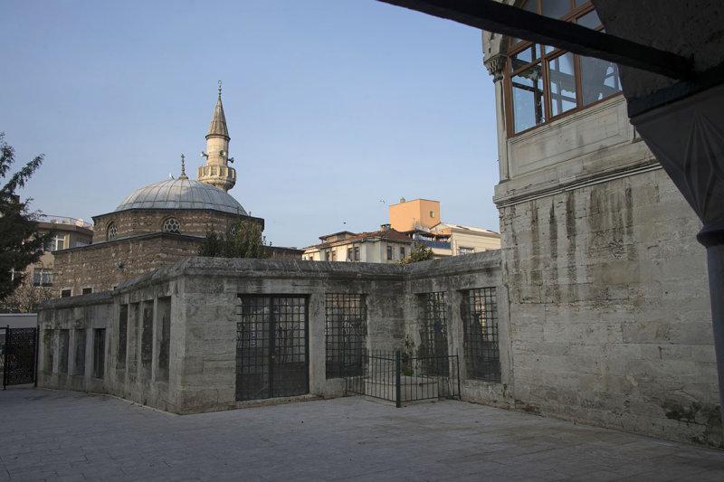Istanbul Eminzade Haci Ahmet Pasha mosque december 2015 5835.jpg