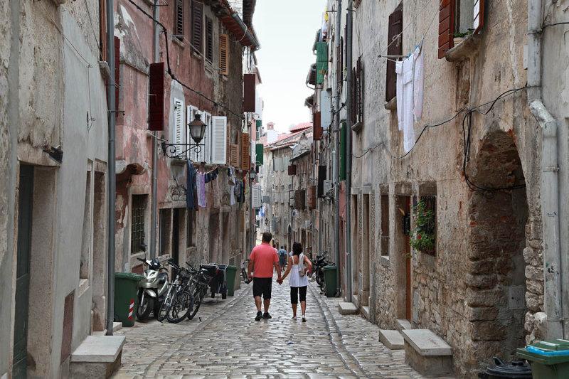 walking in the alleys