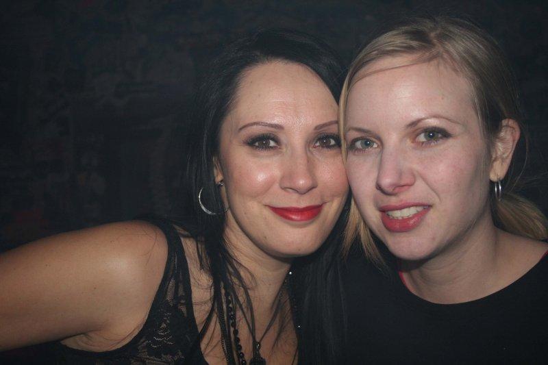 IMG_9859 Lora and Robyn.jpg