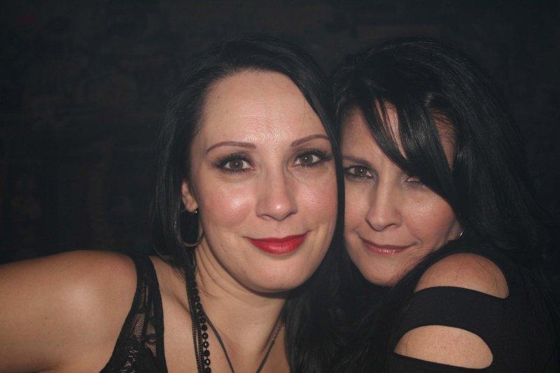 IMG_9862 Lora  and Tina.jpg