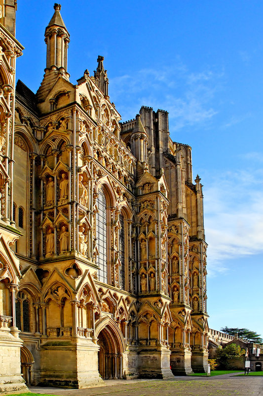Angled front, Wells Cathedral