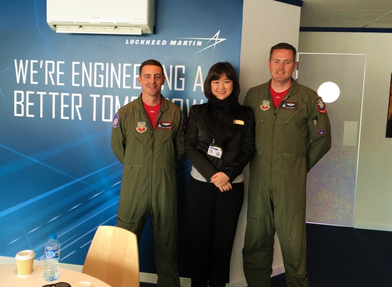 with F-22 Pilots-1.jpg
