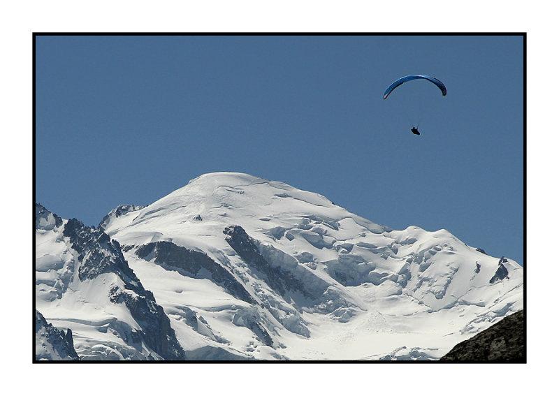 Mont Blanc met parapente