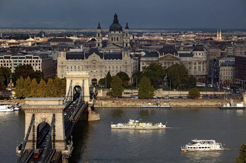 Danube River and the Chain Bridge (Lánchíd)