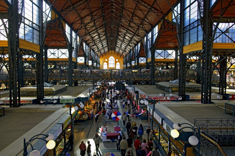 Central Market Hall (Nagy Vásárcsarnok)