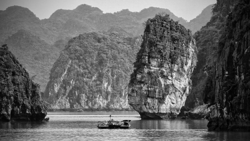 Ha Long Bay 1.jpg