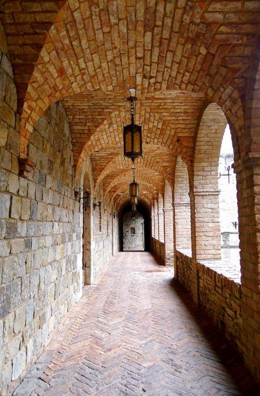684 2 Castello di Amorosa 2014.jpg
