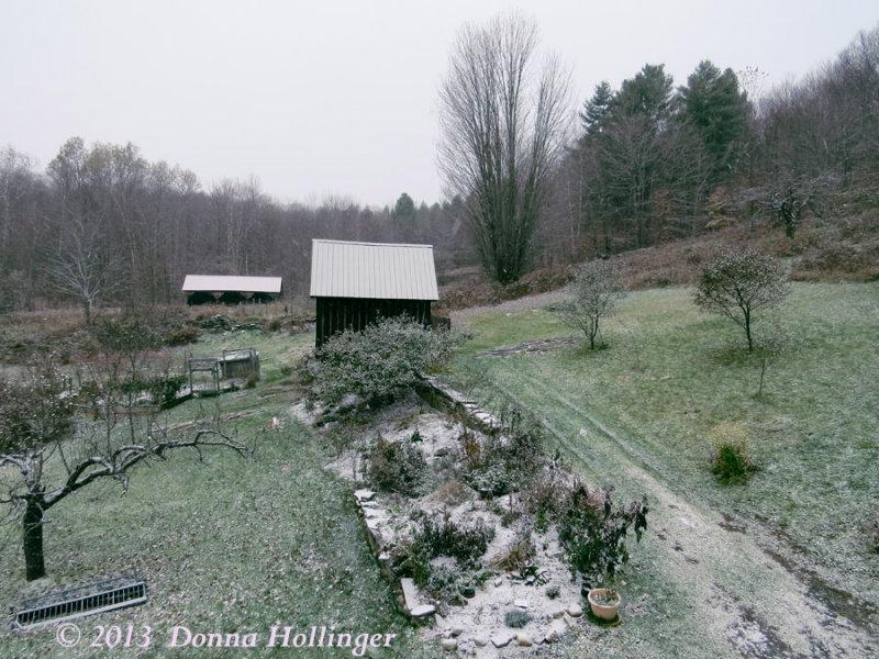 Snowing at Eccohouse