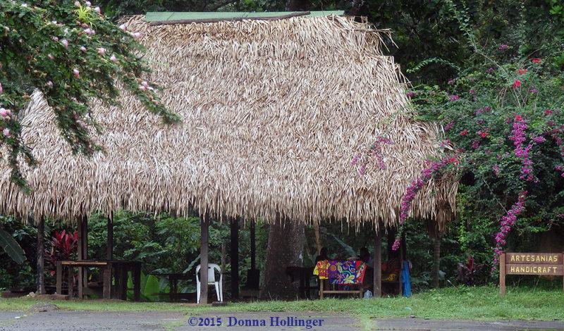 Panama Style Artisanal Craft Booth