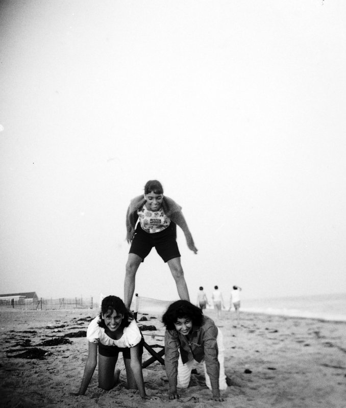 Vicki Donna And Rosa on top