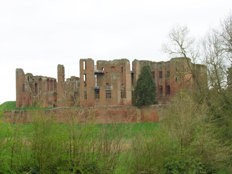 Kenilworth  Castle  /1
