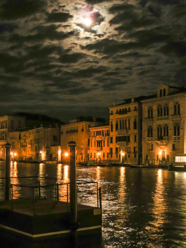 13-09 Venice-164.jpg